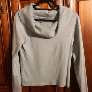 Loose neck Sweater